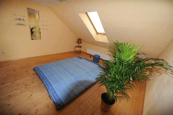 Klimatisierter Tantra Massage Raum